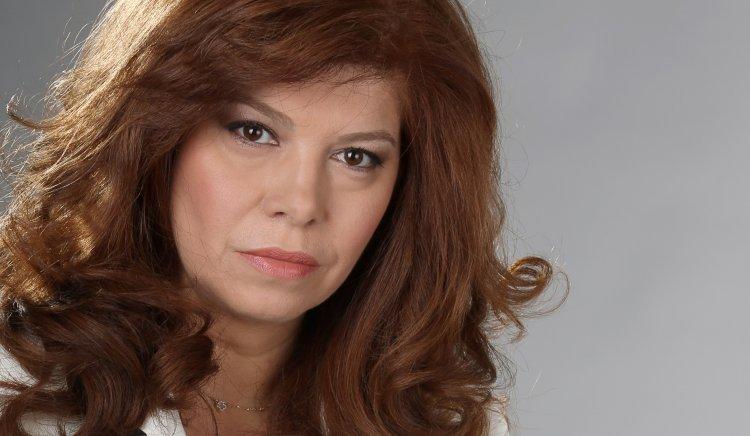 Илияна Йотова проведе тричасов дебат с граждани на Плевен